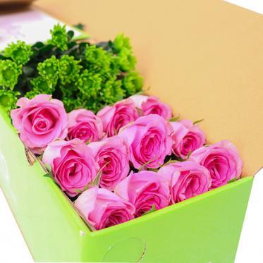 Hộp hoa hồng hồng